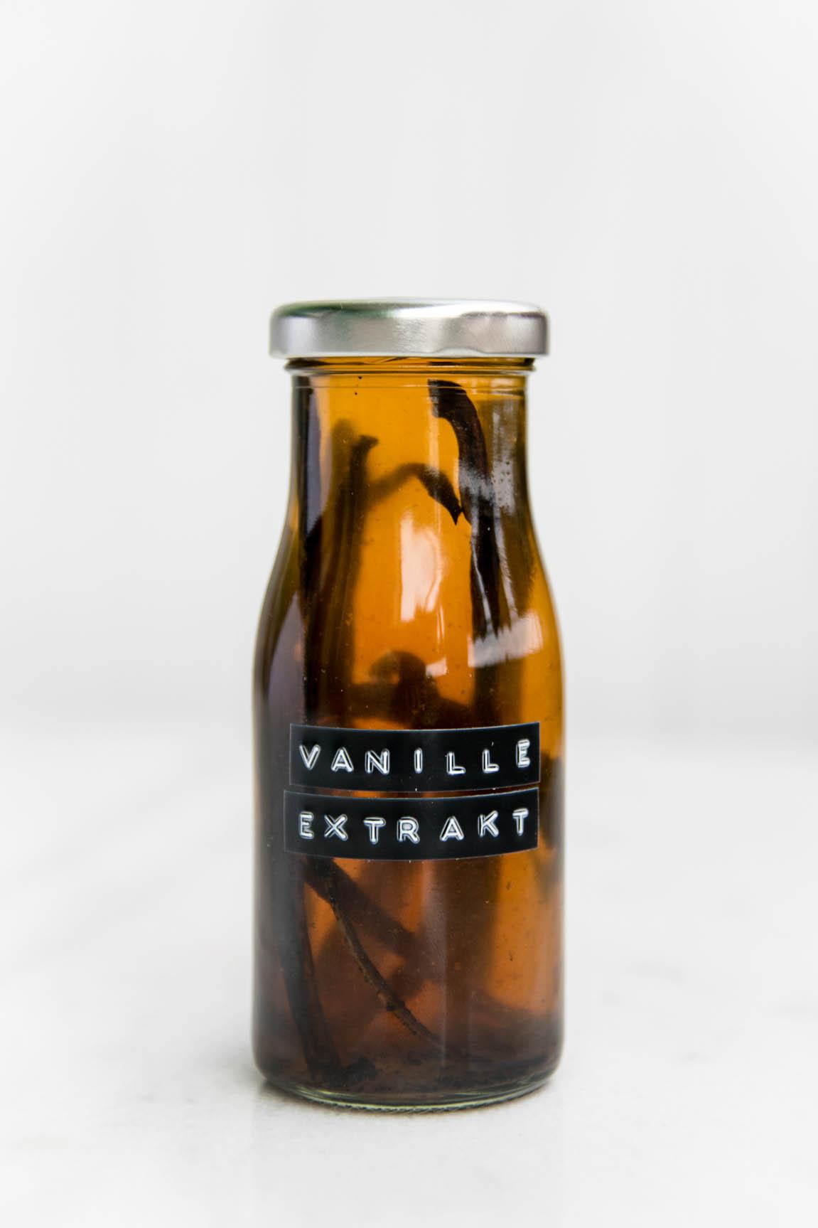 vanille extrakt diy selbermachen rezept foodblog berlin. Black Bedroom Furniture Sets. Home Design Ideas